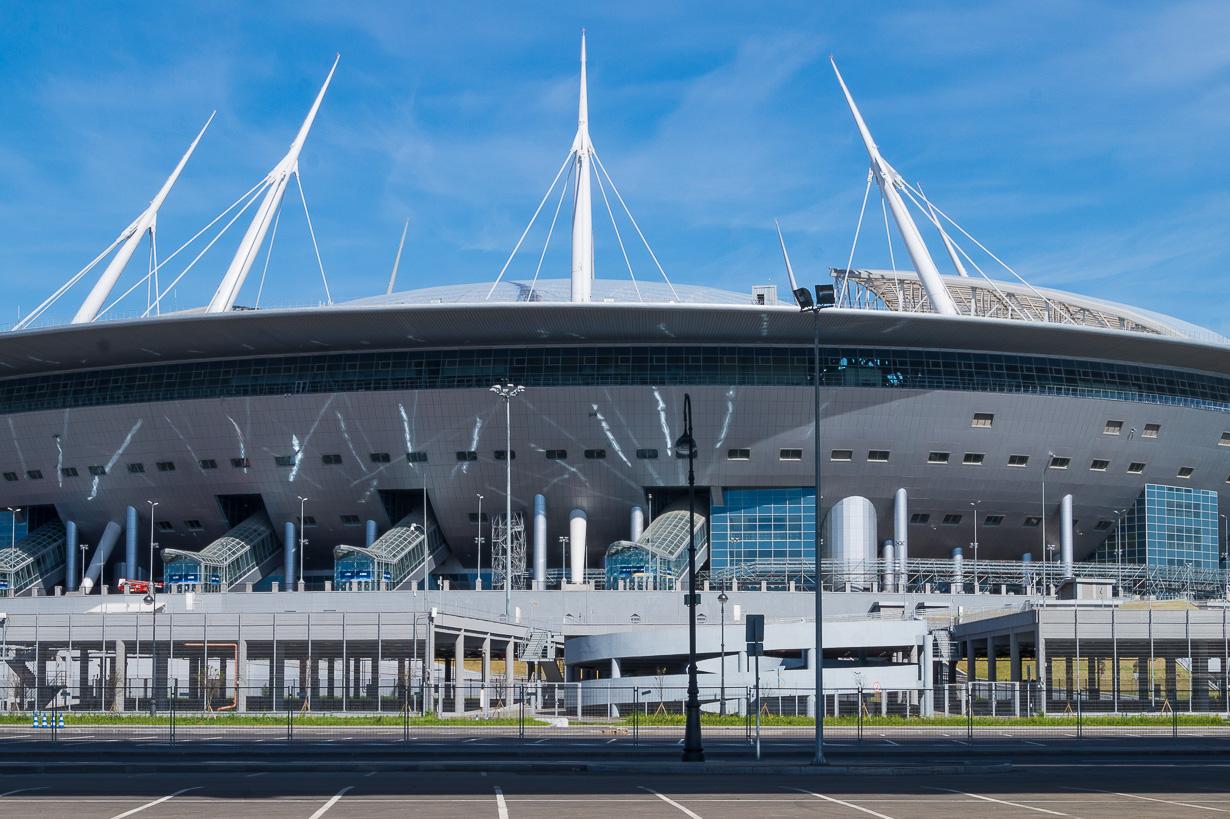Pietarin jalkapallostadion Krestovski