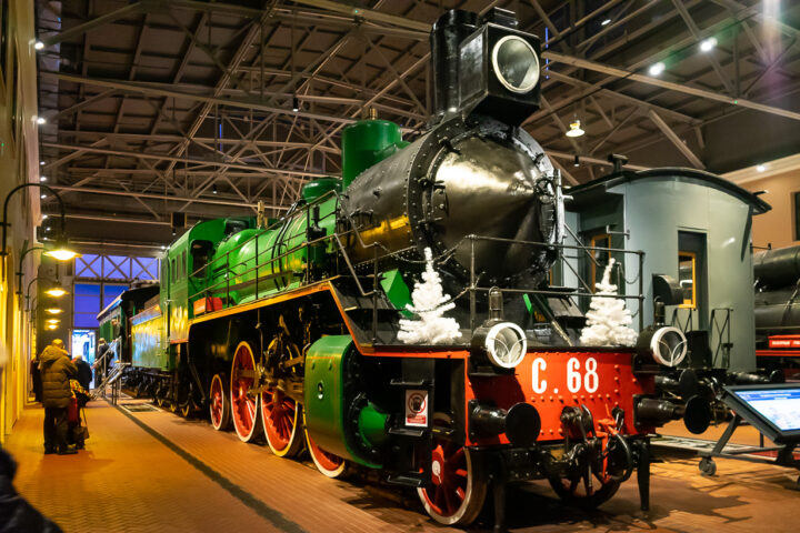 Pietarin rautatiemuseon höyryveturi